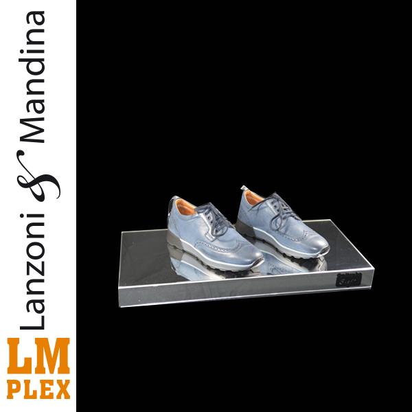 Lanzoni-e-Mandina-lavorazione-costruzione-e-distribuzione-articoli-oggetti-lettere-in-plexiglass-Castelvetrano-accessori-e-arredamento-attivita-commerciale-scarpe-
