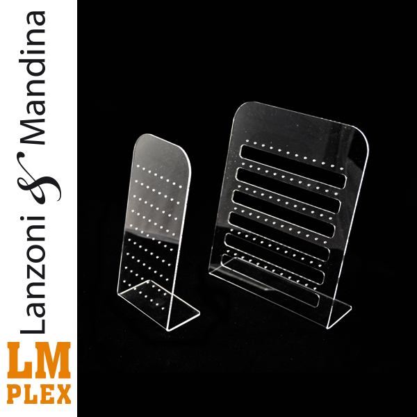 Lanzoni-e-Mandina-lavorazione-costruzione-e-distribuzione-articoli-oggetti-lettere-in-plexiglass-Castelvetrano-espositore-orecchini-gioielleria-gioeilli-in-plexiglass1-2